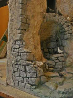 Foro de Belenismo - Arquitectura y paisaje -> caño de piedra y ruinas Village Miniature, Fontanini Nativity, Fake Stone, Wargaming Terrain, Christmas Nativity, Air Dry Clay, Diy Dollhouse, Fairy Houses, Small World