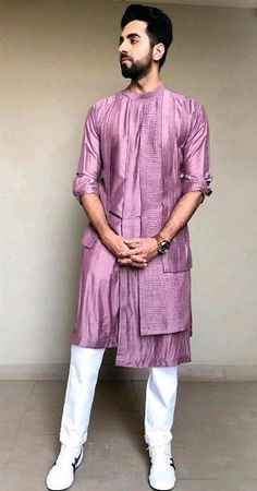 Mens Fashion Wear, Suit Fashion, Fashion 2020, Fasion, Kurta Men, Boys Kurta, Indian Wedding Clothes For Men, Bohemian Style Men, Kids Indian Wear