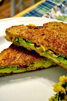 Vanishing Veggie: Garlic Broccoli Potato Soup, Vegan Avo Grilled Cheese and Many more!