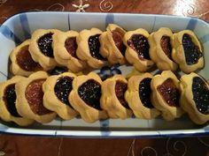Μπισκότα πάστα Φλώρα Sweets Recipes, Cookie Recipes, Desserts, Biscuit Bar, Greek Sweets, Chocolate Sweets, Oreo Pops, Breakfast Snacks, Food Decoration