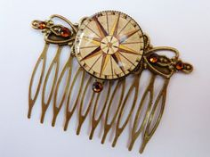 Elegant hair comb in bronze with a beautiful by Schmucktruhe, €19.50