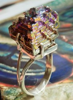 ICREDIBLE BISMUTH CRYSTAL Prong-Set in 925 Sterling Silver Cocktail RIng, size 10