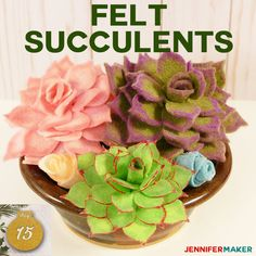 Felt Succulents: Easy to Make and Won't Die On You! - Jennifer Maker How to Make Felt Succulents That Are Easy! Easy Felt Crafts, Felt Diy, Crafts To Make, Diy Crafts, Plant Crafts, Simple Crafts, Paper Crafts, Felt Flowers, Diy Flowers