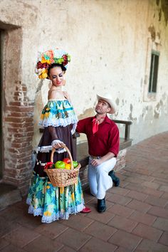Ballet Folklorico Ballet Folklorico LEYENDA www.ballet-folklorico-leyenda.com Dances from Sinaloa and Nayarit MEXICO. The Mexican Pacific Coast #Professional-ballet-Folklorico #Folklorico #Mexican-Folklore