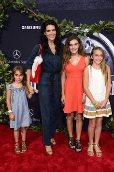 """Angie Harmon Photos Photos - Actress Angie Harmon (L) and guests attend the Universal Pictures' """"Jurassic World"""" premiere at Dolby Theatre on June 9, 2015 in Hollywood, California. - Premiere of Universal Pictures' 'Jurassic World' - Arrivals"""
