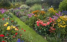 Reinventing the Cottage Garden With Todays Busy Lifestyle   GardenersPath.com