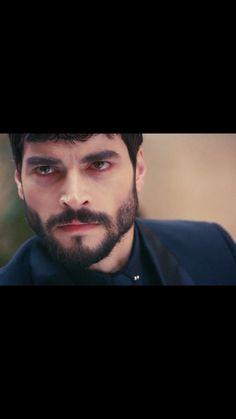 Turkish People, Turkish Actors, Bikini Tattoo, Human Ear, Actors Images, Hairy Men, Beard Styles, Movies To Watch, Eye Candy