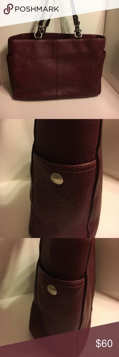 Coach GUC F0782-F11247 Burgundy Tote This bag has some indications of wear, but remains in Good Used Condition and has a long life left to it. Please view photos. Burgundy Leather with Brown Buckle Straps. Suitable for laptop, books, or just as a carry-all purse. Additional 30% discount when bundled w/2 other items! Coach Bags Totes