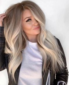 Beautiful Blends Of Balayage Ombre Hair Colors for 2019 – - Hair Styles Brown Ombre Hair, Ombre Hair Color, Hair Color Balayage, Blonde Ombre Hair, Dark Roots Blonde Hair Balayage, Blonde Hair With Roots, Fall Hair Colors, Winter Hairstyles, Wavy Hairstyles