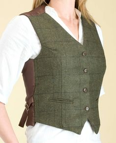 Ladies Tweed Fitted Heated Waistcoat - thats right heated!!! No need to bundle up for those chilly hunt days :)