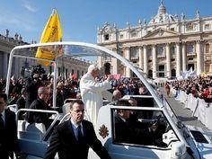 Benedicto XVI  Desde el pasado 11 de febrero hemos publicado todas las intervenciones de Benedicto XVI, pero también hemos editado un epub con sus encíclicas y varias noticias de iniciativas con las que diversas personas agradecían al Romano Pontífice Emérito su dedicación y cariño.