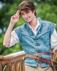 Flynn Rapunzel And Flynn, Tangled Rapunzel, Disney Rapunzel, Princess Rapunzel, Disney Princesses, Disney Pixar, Walt Disney, Halloween Cosplay, Cosplay Costumes
