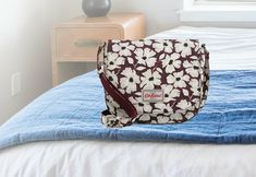 CATH KIDSTON STAMP FLORAL CURVED SADDLE BAG / CROSS BODY BAG Cath Kidston Vintage, Cath Kidston X Disney, Cath Kidston Wallet, Cath Kidston Fabric, Zip Wallet, Purse Wallet, Visual Merchandising, Leather Saddle Bags, Duffle Coat