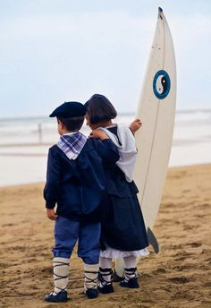 Euskadi Surfing .... Surfing the Basque Country .... My husband's family all grew up dancing and wearing these traditional folk costumes!