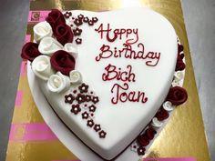Tort dla dziewczyny z okazji urodzin lub rocznicy.