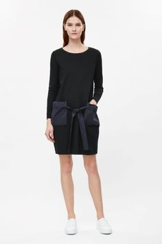 Pocket and tie detail dress