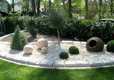 DIY Retaining Wall - Landscaping and Backyard Design Ideas garten Top 10 Ideas For DIY Retaining Wall Construction Landscaping Retaining Walls, Outdoor Landscaping, Front Yard Landscaping, Small Gardens, Outdoor Gardens, Zen Gardens, Japanese Gardens, Landscape Design, Garden Design