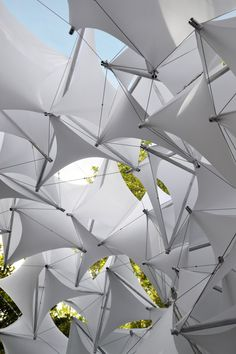 Students of Ball State Construct Parametric Tensegrity Structure for Local Art Fair,© Gernot Riether