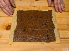 Bejgli recept lepes 11 foto Butcher Block Cutting Board, Biscuits, Recipes, Advent, Crack Crackers, Cookies, Biscuit, Recipies, Ripped Recipes
