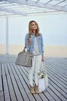 tenue de femme avec veste en jean
