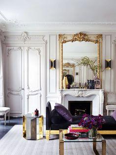 glamorous Parisian apartment by Champeau Wilde Design (featured in Elle Decor) - great use of metallics Chic Apartment Decor, Parisian Apartment, Apartment Therapy, French Apartment, Apartment Living, Paris Rooms, Paris Apartments, Interior Exterior, Home Interior