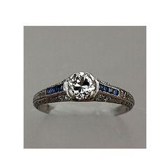 vintage engagement ring... LOVE!!!
