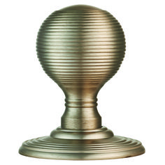 Delamain Reeded Knob DK37C.  An elegant round knob with a reeded design giving it a unique appearance and a comfortable grip. Features a design that is unique and eye-catching. The main knob is rounded  with thin lines scored into the surface giving it a reeded appearance, often also known as a beehive knob. The knob is mounted on a concealed fix rose thus no fixings are visible. Available in 5 x Fnishes.