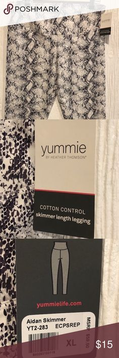 Women's Yummie Workout Leggings Size XL NWT's These skimmer length leggings are brand new, with tags. They are Yummie by Heather Thomson. The style is Aidan Skimmer Cotton Control and are 86% cotton and 14% Lycra spandex. Women's size XL, gray and white snakeskin look pattern. Yummie by Heather Thomson Pants Leggings