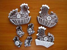 Velikonoční perníčky Lucky | Duhová poselství Royal Icing, Cookie Decorating, Christmas Cookies, Gingerbread, Easter, Sugar, Decorated Cookies, Food, Rustic Christmas