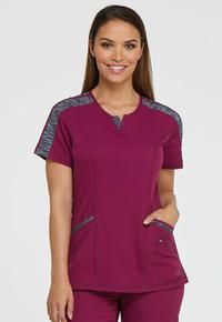 Dickies Dynamix: V-Neck top with neckline detail, space Grey shoulder detail, and 3 lower pockets Color Uva, Scrubs Outfit, Cream T Shirts, White V Necks, Straight Leg Pants, Latest Fashion For Women, V Neck Tops, Kids Outfits, Tunic Tops