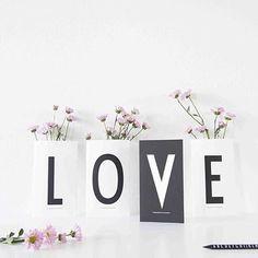 Vi ønsker alle en fin morsdag og valentinsdag!  #morsdag #mothersday #valentinesday #valentinsdag #tromso #love #tingtromso #designletters