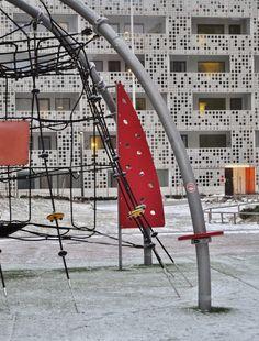 Julkisivu kuitubetonista, Länsisatamankatu 23 Jätkäsaari | A facade of fibrous concrete