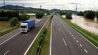 The National Highway Company has set an objective in which by 2020 95% of Slovakia's population should have access to the nearest motorway in less than 45 minutes. At present such an option is available to only 60% of Slovaks on average. Click for the full story.