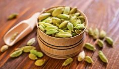 26 Health Benefits Of Cardamom From An Ayurveda Expert Herbal Remedies, Natural Remedies, Home Remedies, Ayurveda, Cardamom Benefits, Granola, Homemade Spices, Spices And Herbs, Snack