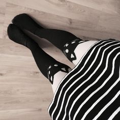 ✖️✖️✖️✖️ #cat #cattights #blackandwhite #strips #dress #tumblrphoto #tumblrpost #tumblrinstagram #przegladinstagrama #fajnyprogram