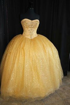 Kinda resembles Belles dress off of beauty and the beast. Love it.