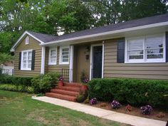 exterior paint idea from realestatestyle from blah to bold - Paint For Mobile Homes Exterior