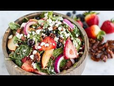 Mixed berry salad with strawberry balsamic vinaigrette . Here's A Refreshing Summer Salad That Will Leave You Feeling So Good Strawberry Balsamic, Spinach Strawberry Salad, Spinach Salad, Baby Spinach, Fruit Salad, Healthy Recipes, Salad Recipes, Balsamic Pasta Salads, Vinaigrette Dressing
