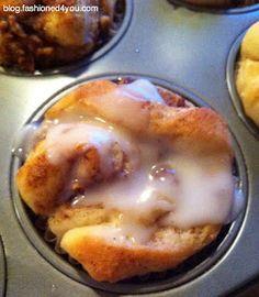 Fashioned4You: Cinnamon Roll Apple Muffins