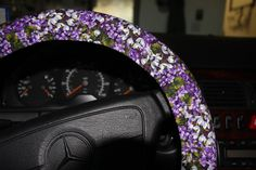 Purple floral steering wheel cover / purple with white flowers / spring wheel cover/ hostess gift idea / Mom gift . by SouthernAplus on Etsy