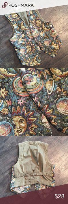 Vintage Karen Scott Vest🌚 Awesome vintage celestial/tapestry pattern vest! In perfect condition! Karen Scott Jackets & Coats Vests