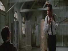 Reservoir Dogs (1992) - Stuck In The Middle With You