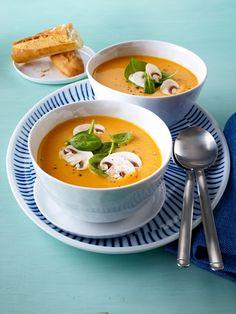 Zum Löffeln gern: 20 Suppen unter 200 kcal