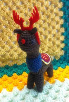 i wanna be a reindeer http://reginald.com.au/2013/12/19/happy-festivities-making-an-alpacas-dream-come-true/
