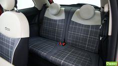 Par contre, lors des longs trajets, les passagers adultes auront du mal à tenir à l'arrière.