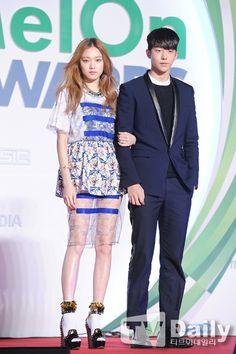 Nam joo hyuk & Lee sung hyung at melon music awards