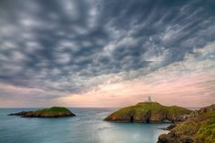 Strumble Head Lighthouse by Tomasz Melnicki Visit Wales, Relaxing Holidays, Let It Shine, How Lucky Am I, South Wales, Lighthouse, Places To See, Beautiful Places, To Go
