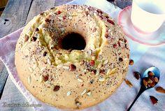 Il ciambellone antico è tipico dolce per la colazione, un impasto compatto e ricco di sapore per l'aggiunta della frutta secca e dell'uvetta, provatela.