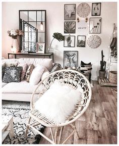 Ideal for apartment living beautiful, clean, boho living room. Ideal for apartment living Living Room Inspiration, Home Decor Inspiration, Living Room Decor, Bedroom Decor, Bedroom Ideas, Artwork For Living Room, Decor Room, Living Rooms, Salons Cosy