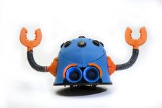 Button Bot by MakerBot http://thingiverse.com/thing:23696